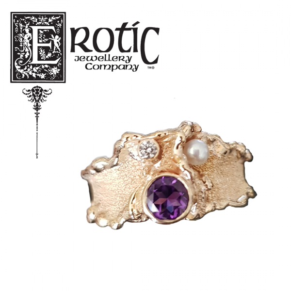 Amethyst and Pearl Gold Molten Edge Ring